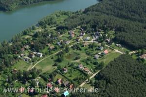 Blick auf Grünau/Zielonowo, in der Bildmitte, oberes Drittel, ist unser Ferienhaus.